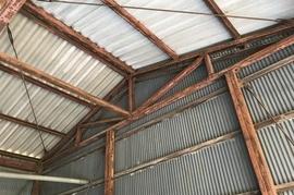 朝倉市蜷城M様  倉庫鉄骨塗装の施工前画像