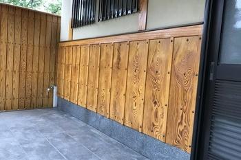 朝倉市 玄関木部塗装の施工後画像