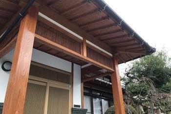 久留米市田主丸 玄関木部塗装の施工後画像