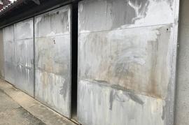 久留米市田主丸町 鉄扉塗装の施工前画像