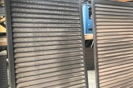 朝倉市 I様邸 雨戸塗装の施工前画像