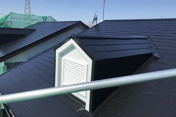 朝倉市アパート屋根塗装の施工後画像
