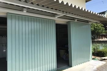 久留米市T様 倉庫鉄扉塗装の施工後画像