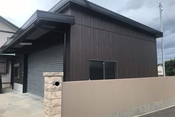 久留米市T様邸 車庫 外壁塗装の施工後画像